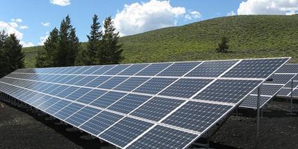 Las fuentes renovables contribuyeron al 45% del crecimiento mundial de la capacidad de generación de energía en 2018. / EP