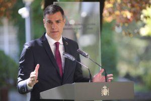 Los agentes sociales le han prestado a Sánchez una foto de unidad muy importante de cara a las negociaciones con Europa. / EP