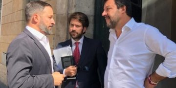 Abascal (izq.), sigue los pasos de Salvini en Italia (dcha.). / EP