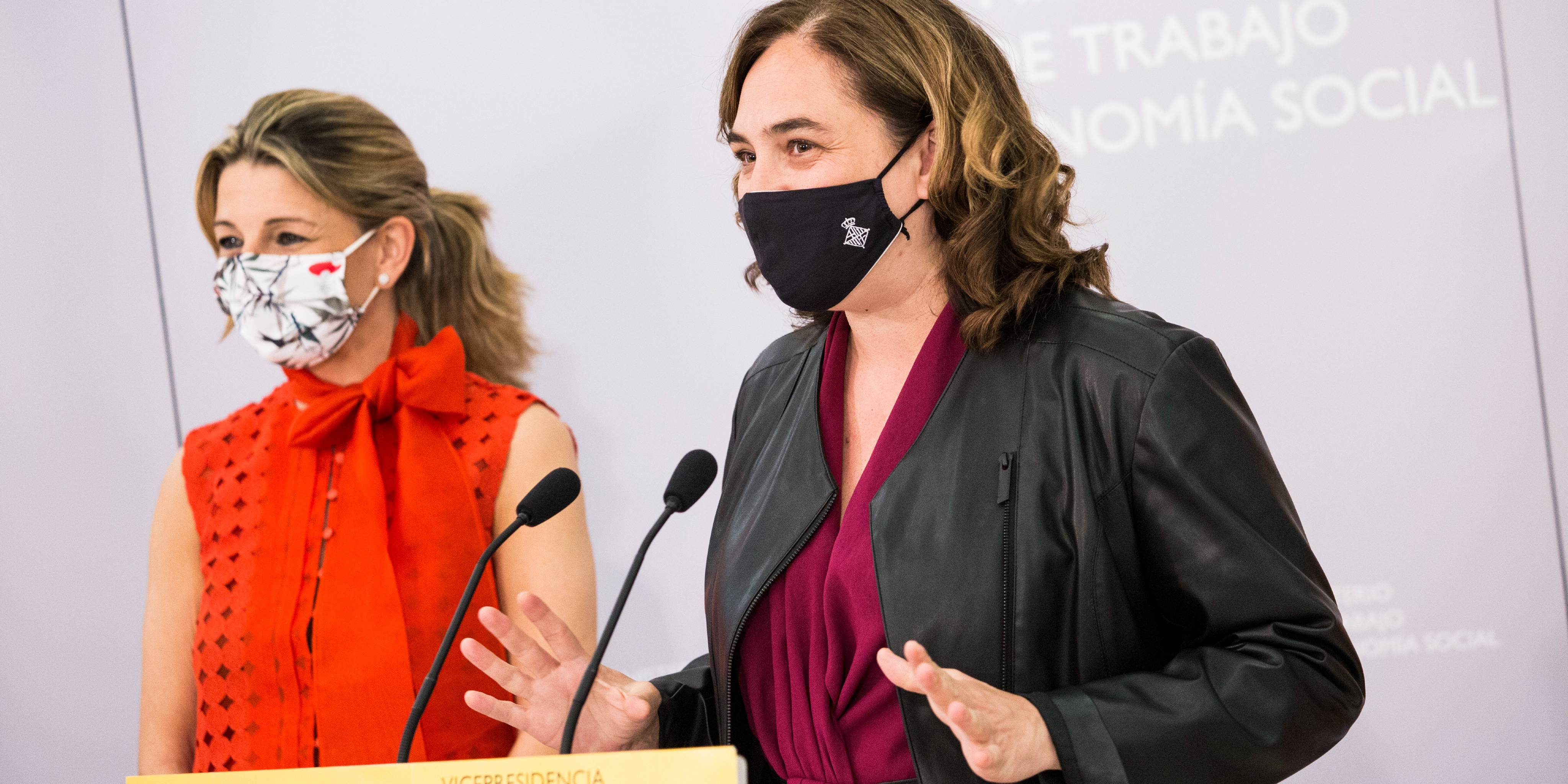 Yolanda Díaz (izquierda) y Ada Colau se han entrevistado dos veces en los últimos días. / EP