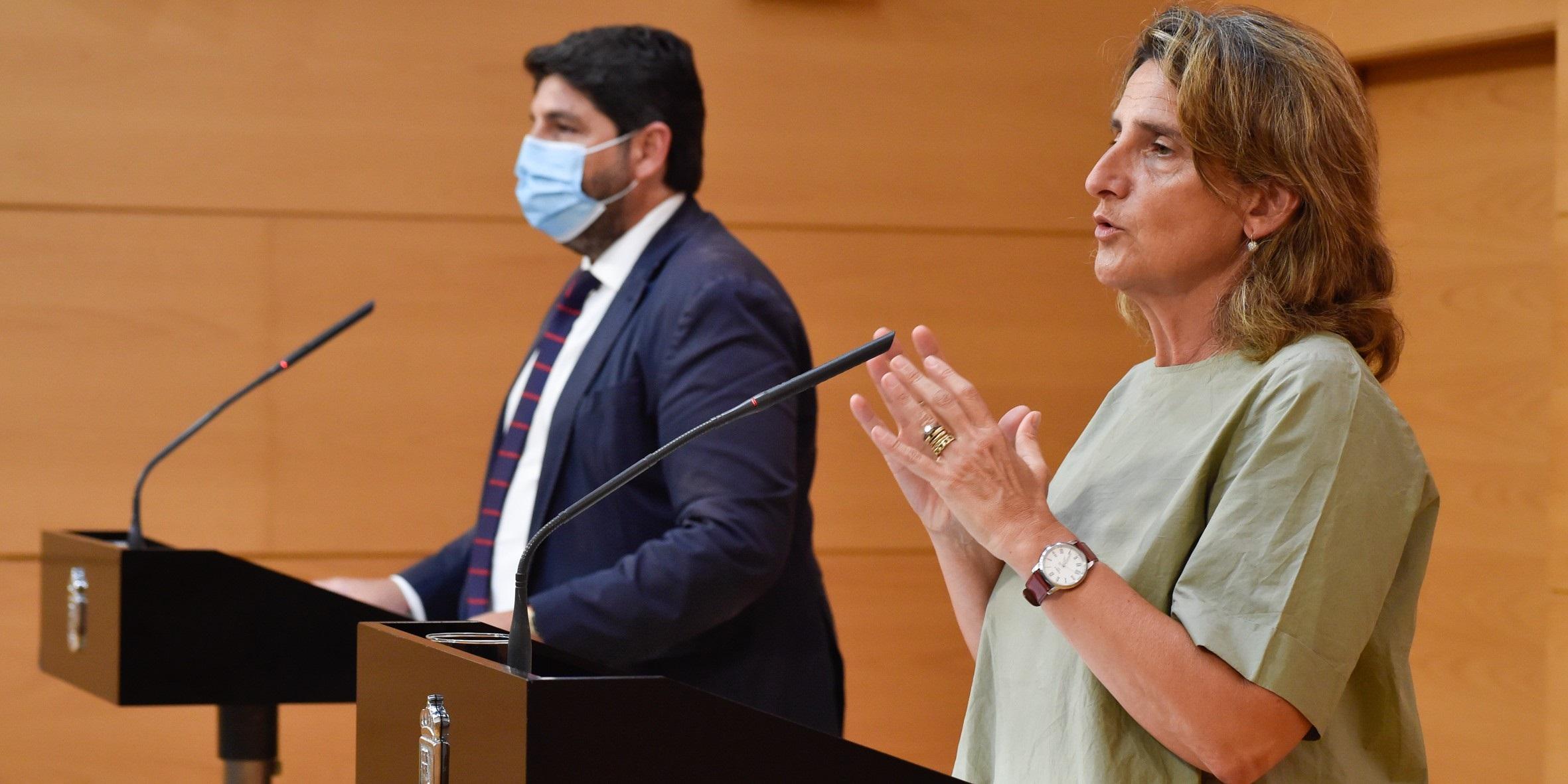La ministra Teresa Ribera se reunió con el presidente murciano, Fernando López Miras. / EP