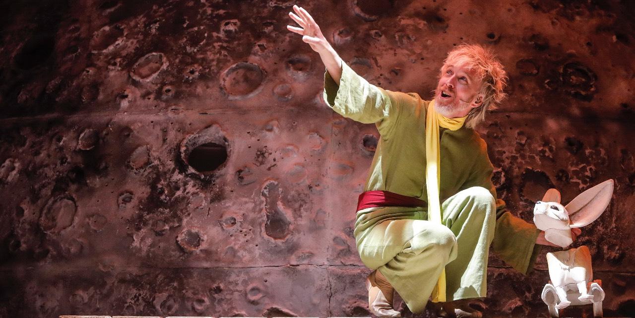 """Jan Forrellat interpreta a """"El Principito"""" en el musical dedicado a su creador, Antoine"""